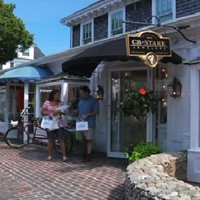 Martha's Vineyard shopping